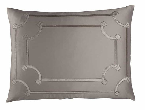 Vendome Std. Pillow Taupe S&S/ Fawn Velvet 20X26