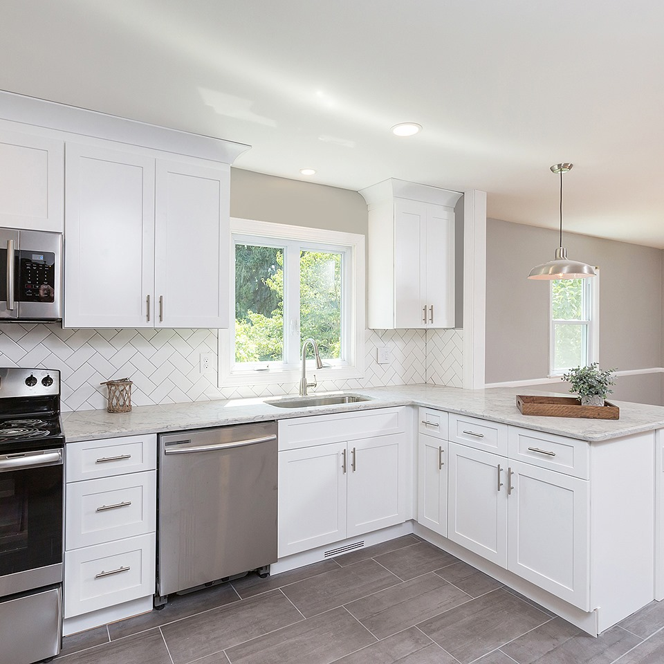 QUARTZ COUNTERTOP PROS & CONS