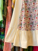 Load image into Gallery viewer, Floral ruffle 70's Dress