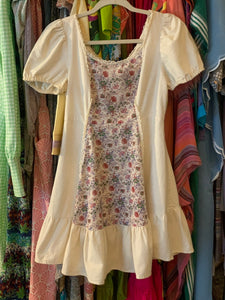 Floral ruffle 70's Dress