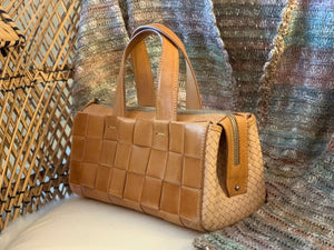 Vintage woven leather handbag