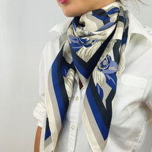 Load image into Gallery viewer, Deco Floral Scarf