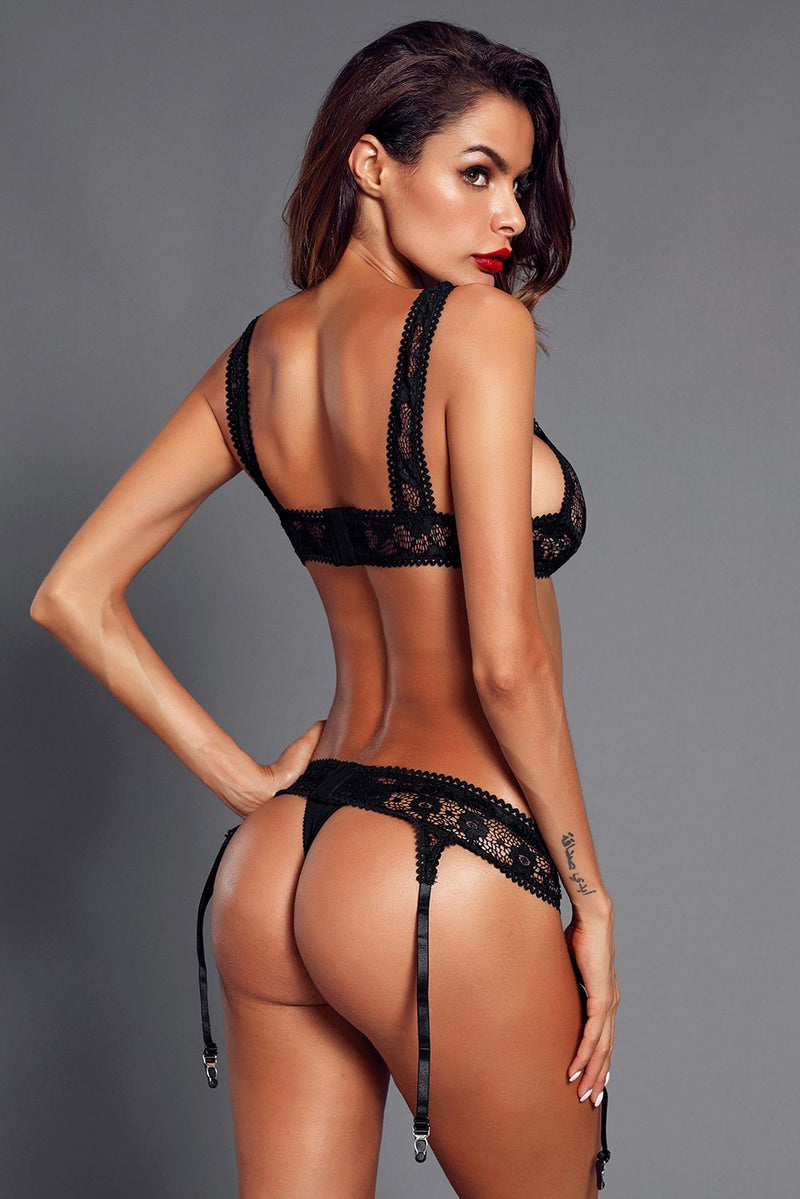 Sexy Seductive Black Lace Bralette Garter Set freeshipping - PuaGme