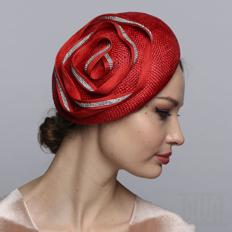 Small beret headband with shiny flower trim