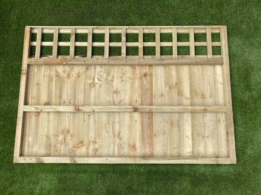 Trellis top closeboard panel