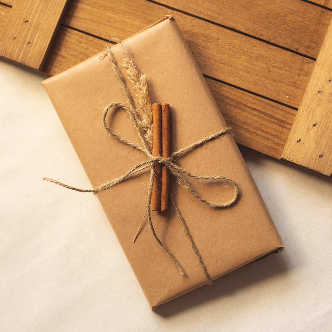 Gift box + wrapping