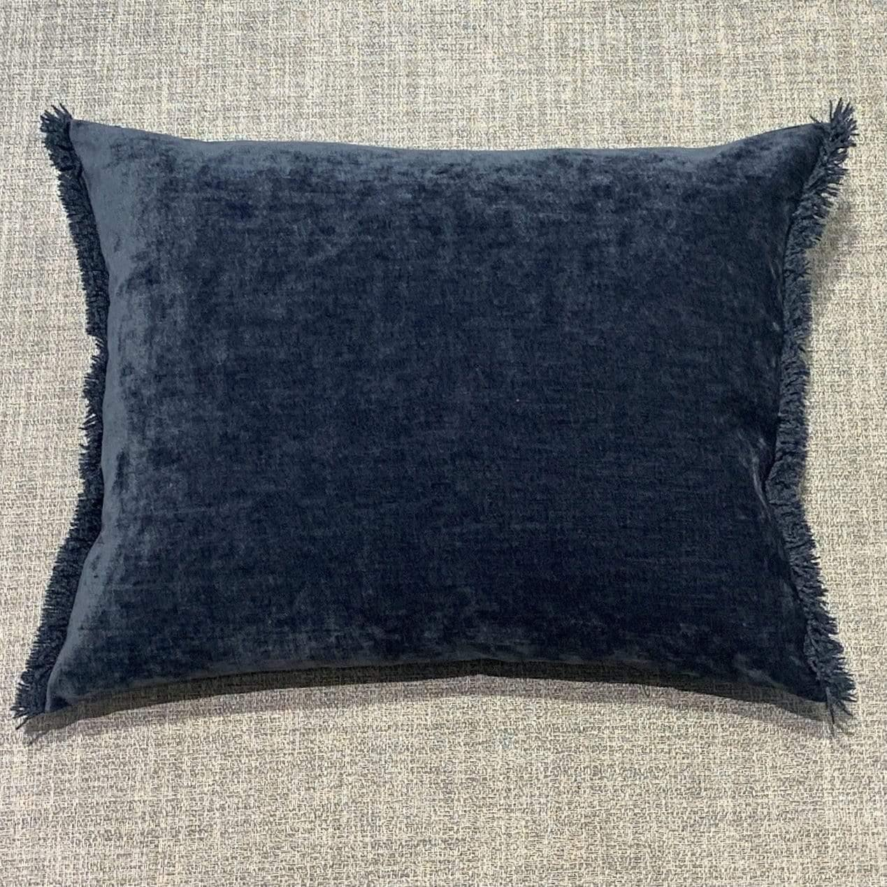 Cushion Marine Nomad Luxe Chenille Cushion 16 x 20 inch