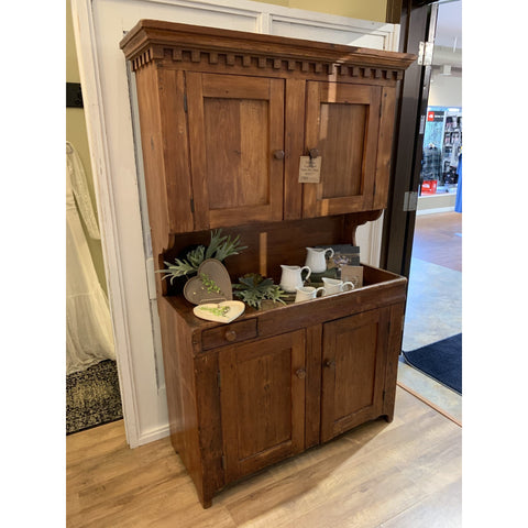 Kitchen Cupboard With Dry Sink - Lady of the Lake