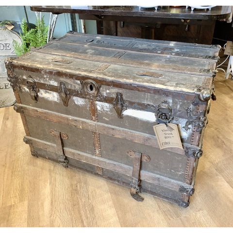 Vintage Trunk - Lady of the Lake