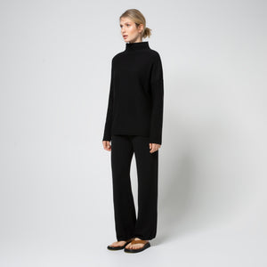 Load image into Gallery viewer, Essential Knit Pants - Black