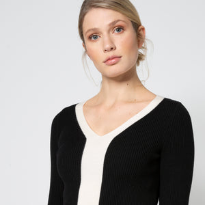 Load image into Gallery viewer, Essential Rib Knit - Black/Creme