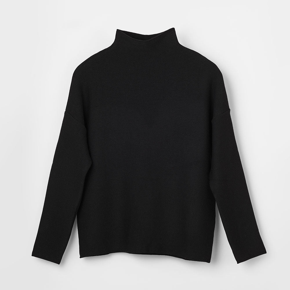 Essential Knit - Black