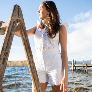Laden Sie das Bild in den Galerie-Viewer, Liapure Atelier Laced Shorts