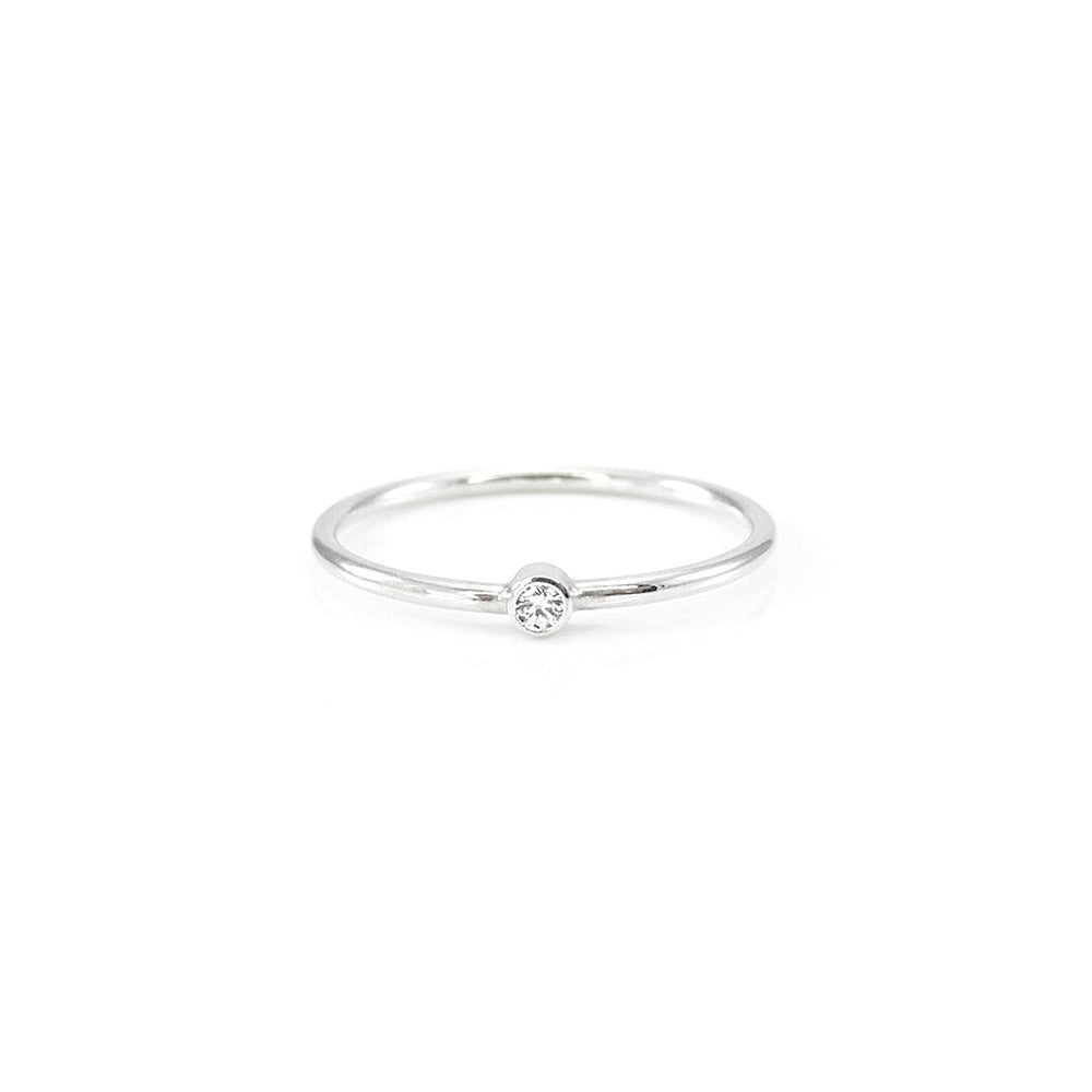 Mini Solitaire Wire Ring
