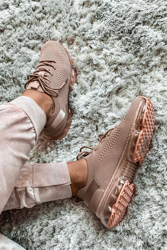 Flow Lace Up Stretch Sneakers