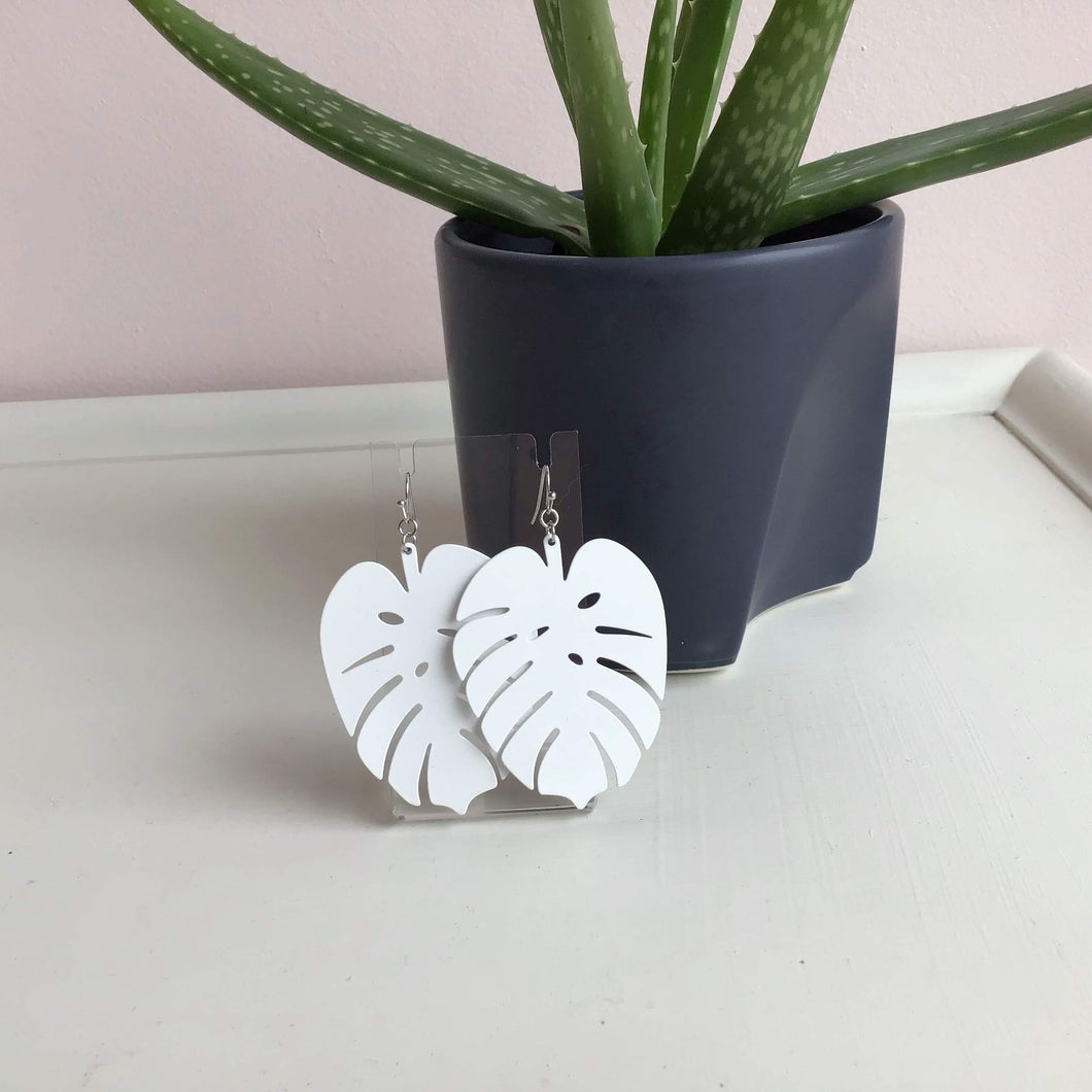 Solid White Monstera Leaves - The Catalyst Mercantile