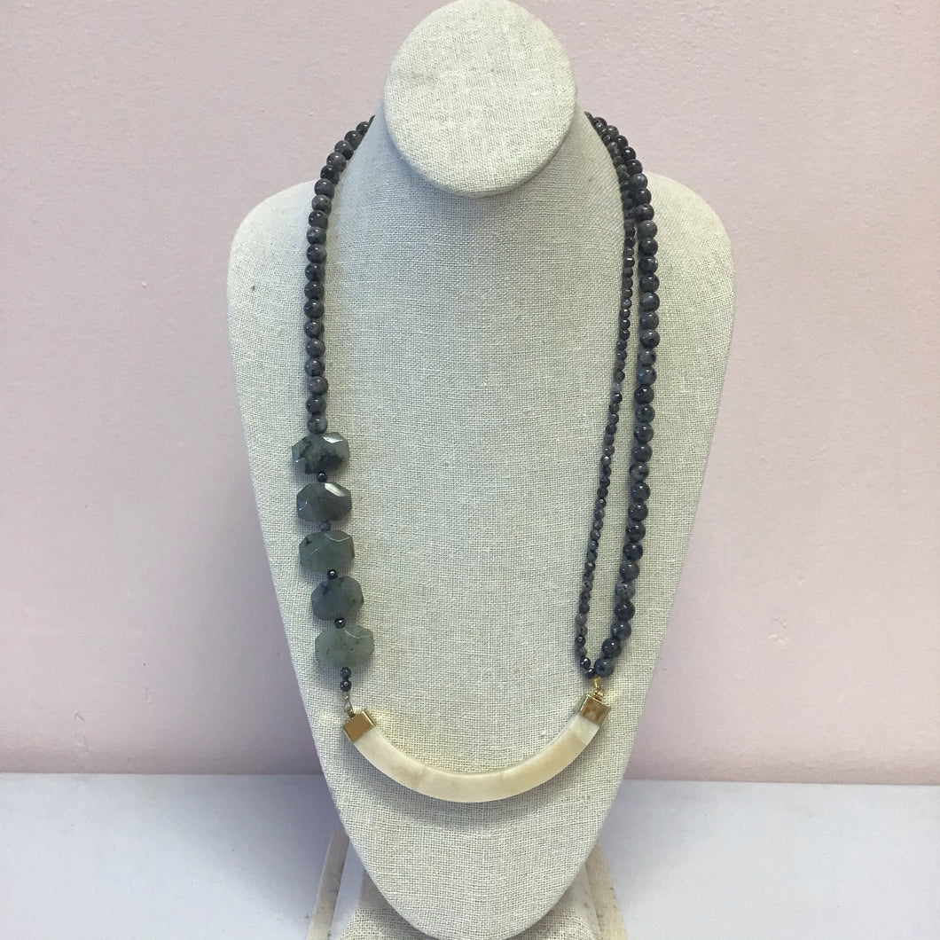 Labradorite Horn Statement Necklace - The Catalyst Mercantile