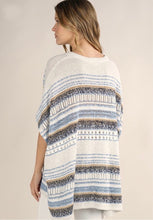 Load image into Gallery viewer, Lovestitch Short Sleeve Poncho