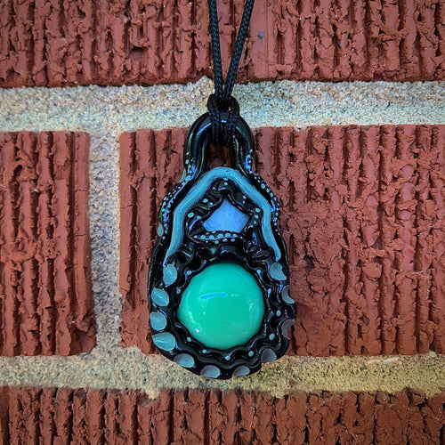 Green Speckled Pendant - The Catalyst Mercantile