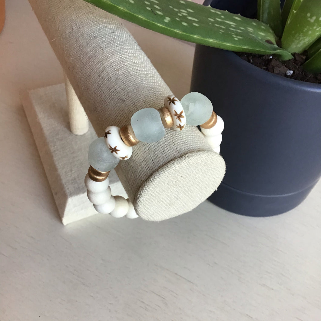 Soft White Wood and Sea Glass Stretch Bracelet - The Catalyst Mercantile