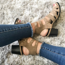 Load image into Gallery viewer, Kazi Studded Sandals