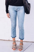 Load image into Gallery viewer, London Ivy Cropped Flare Jeans