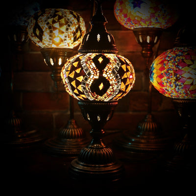 Mosaic Table Lamp in Amber with Diamond Pattern