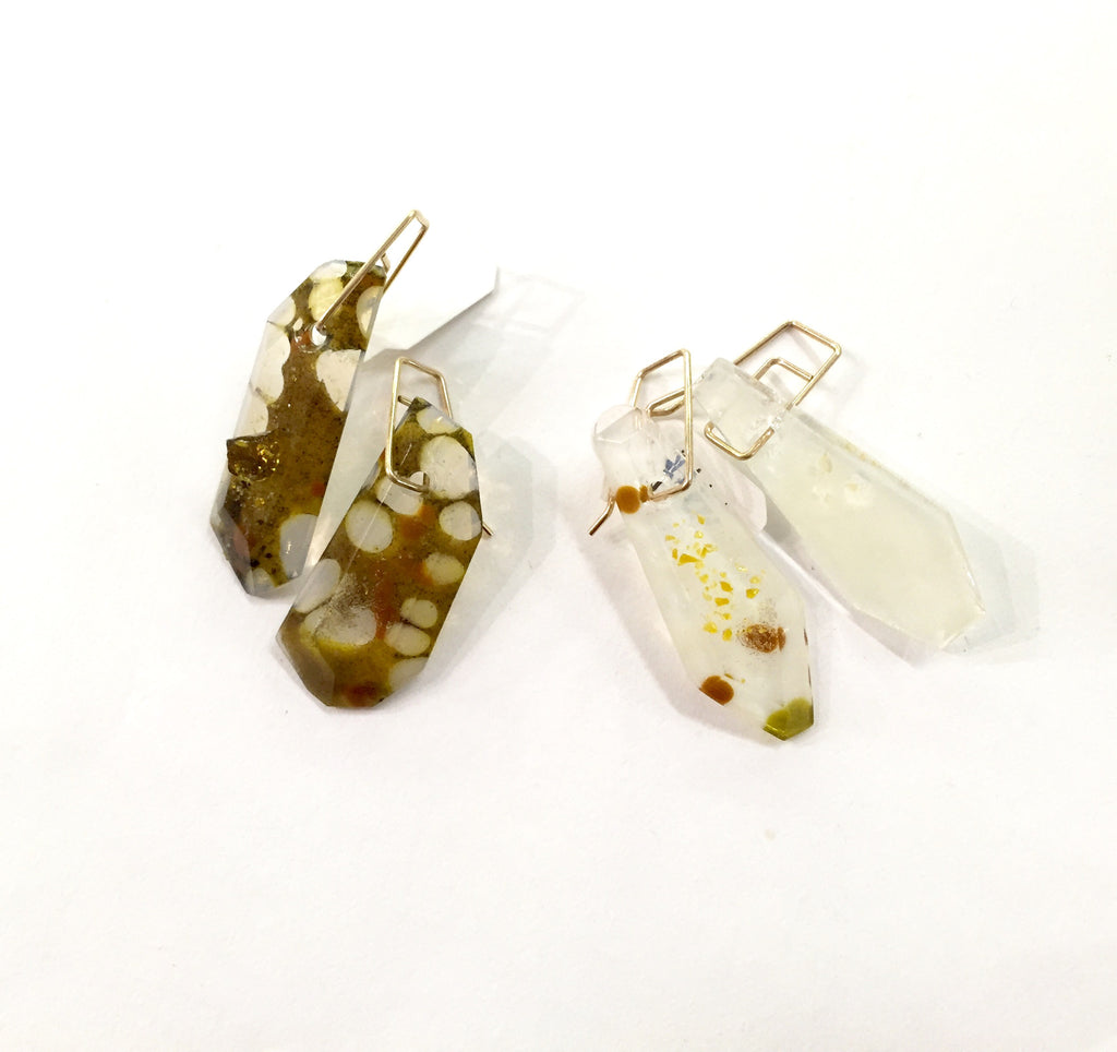 Dangle Spotted Quartz Earrings