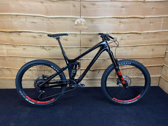 Ex-Demo 2019 Slayer Carbon 70
