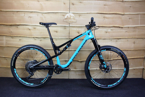 Ex-Demo 2019 Thunderbolt Carbon 90 BC Edition (Black / Blue)