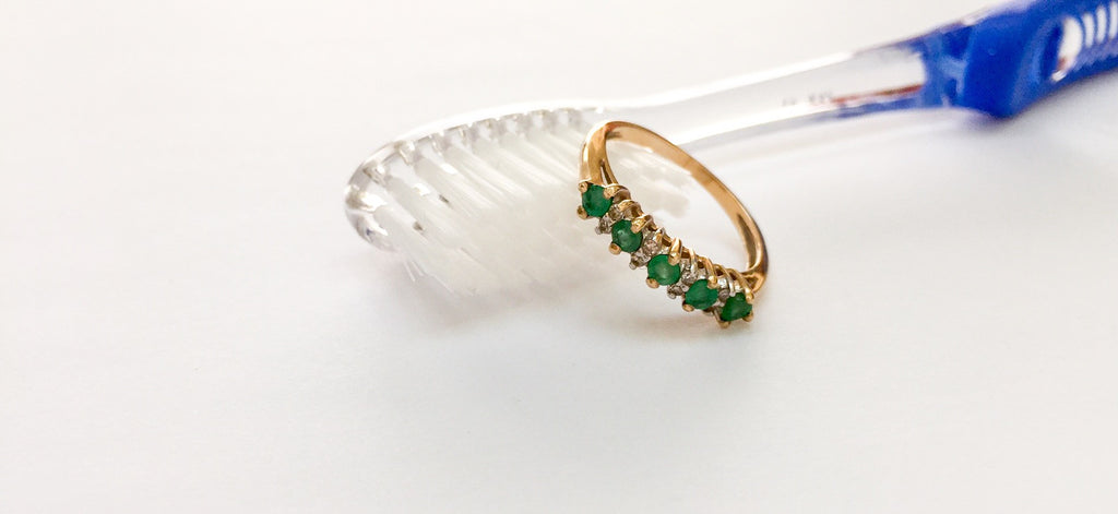Tips on how to care for your Emerald Jewelry