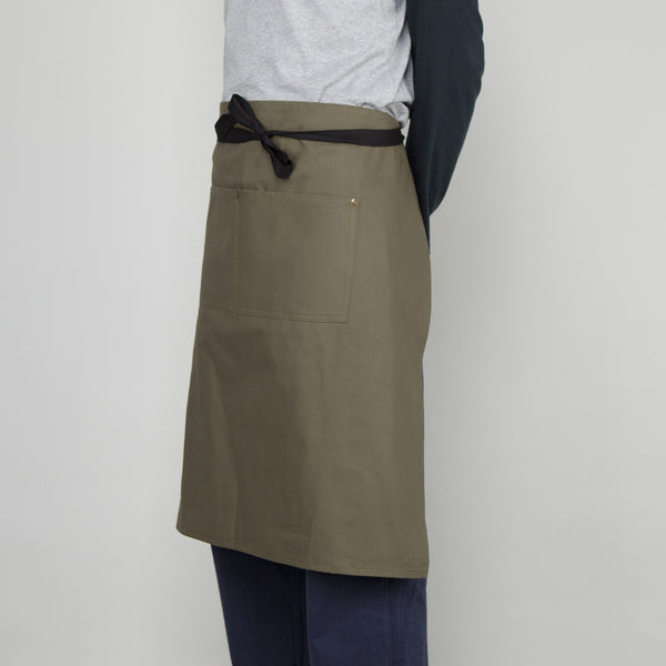 Waist Apron with Pockets in Lovat - Cotton Canvas