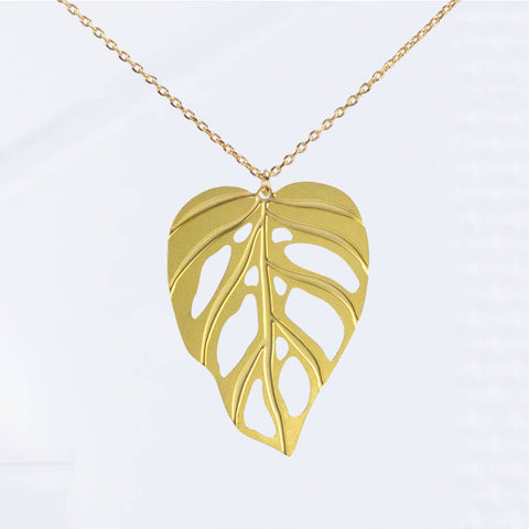 Monstera adansonii Leaf Necklace