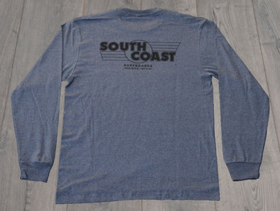 SOUTH COAST RETRO FLAG L/S TEE CHARCOAL