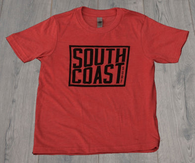 SOUTH COAST YOUTH CAMPER LOGO TEE RED