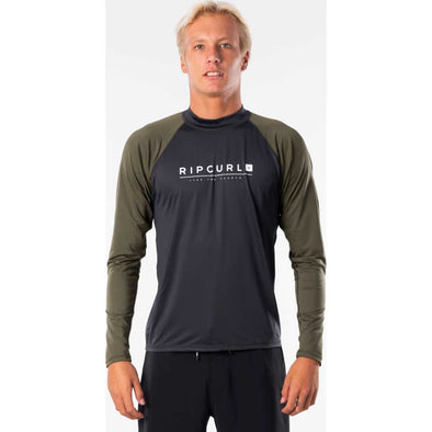 Shockwave Relaxed Long Sleeve UV Tee Rash Guard in Green