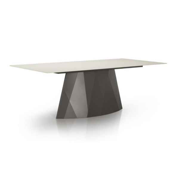 Trica Diamond Table