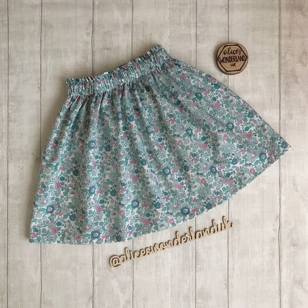Liberty Fabric Betsy Y Mint Tana Lawn Skirt - Age 6 Ready to post