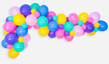 Load image into Gallery viewer, DONUT BALLOON GARLAND KIT