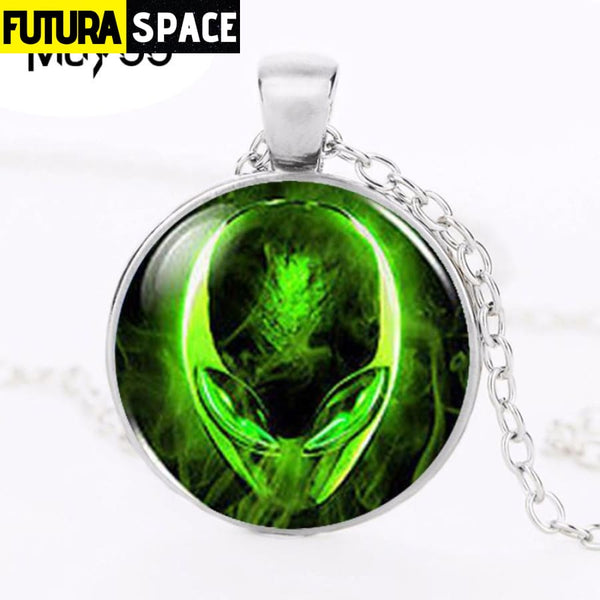 ALIEN UFO NECKLACE - 200000162