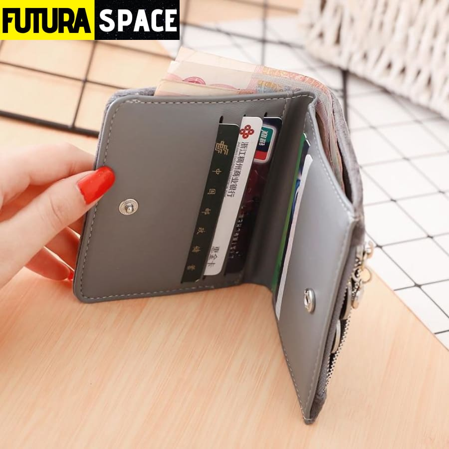 SPACE WALLET FOR WOMEN (Leather) - 152405