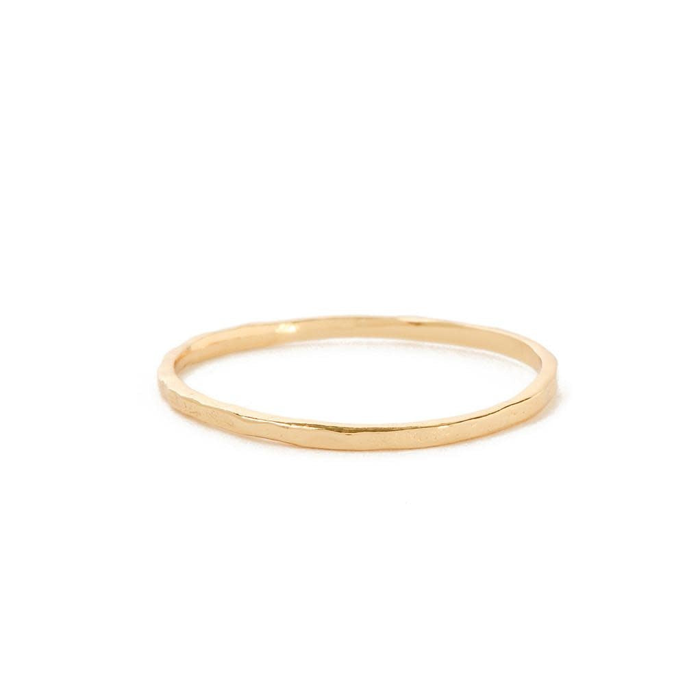 DELICATE HAMMERED RING
