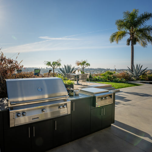 Anne Michaelsen Yahn Outdoor Kitchen