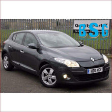 Load image into Gallery viewer, Renault Megane 3 5D 09-18 Windscreen - Windscreen