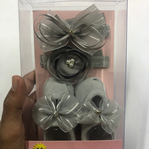 Baby Girl Grey Flower Booties with hairbands