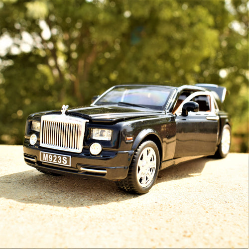 Rolls Royce Phantom (Black)