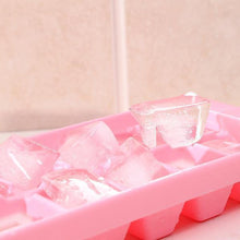 Load image into Gallery viewer, Easy-Release Ice Cube Tray