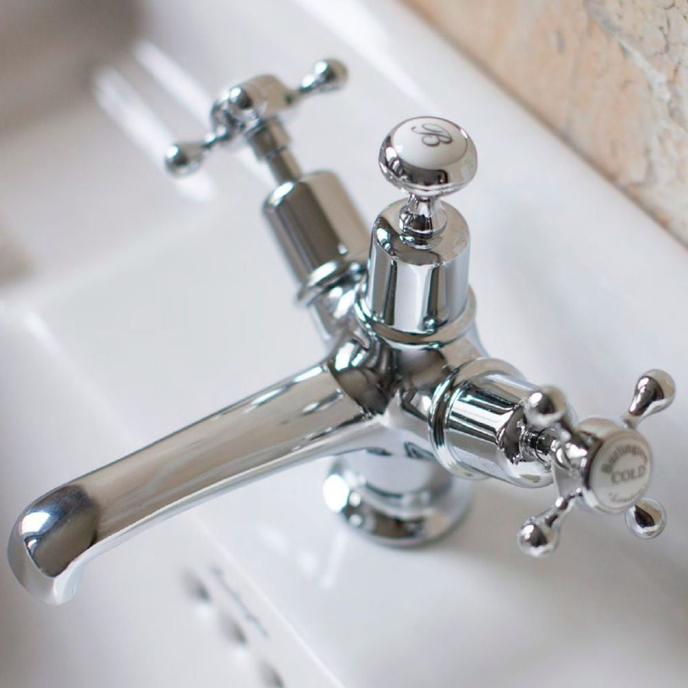 Burlington Claremont Basin Mixer With Chain Waste - blueskybathrooms