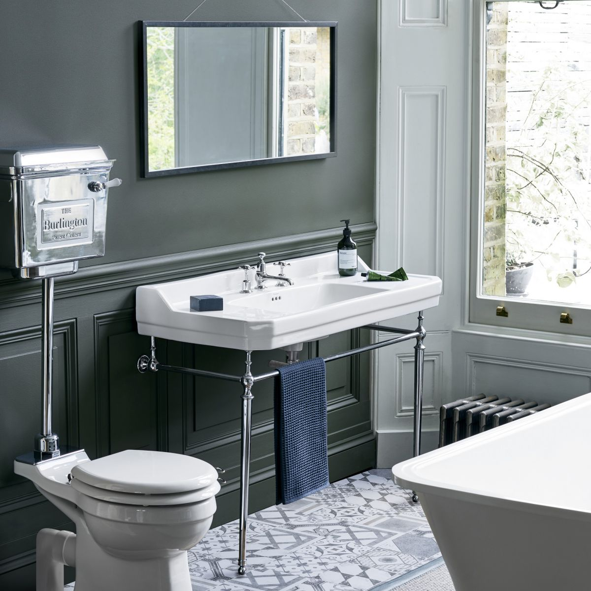 Edwardian 1200mm Basin With Washstand - blueskybathrooms