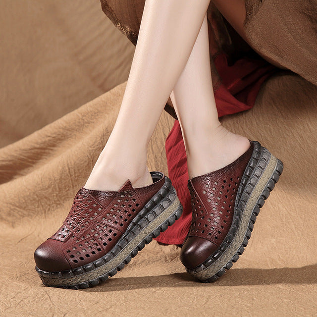 Hollow Retro Leather Platform Wedge Slippers